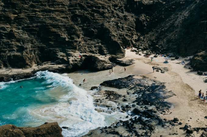 marisa-buhr-352556-unsplash_Halona beach cove.jpg