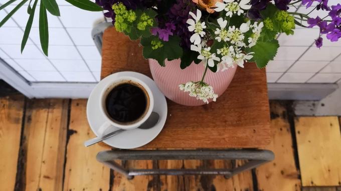 trove-3-flowers.jpg
